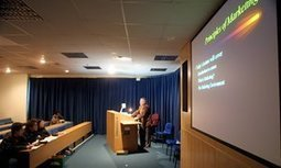 How PowerPoint is killing critical thought   Andrew Smith   The Scientist Communicator   Scoop.it