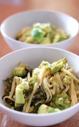 Avocado Broccoli Linguine | À Catanada na Cozinha Magazine | Scoop.it