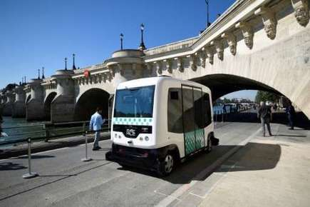 First test of driverless minibus in Paris Saturday | News we like | Scoop.it