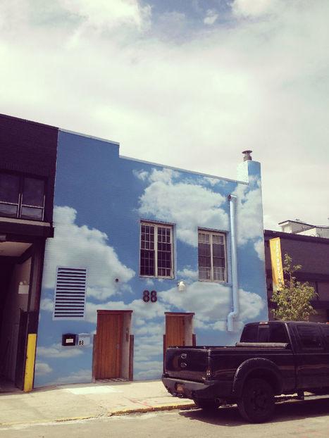 #Cloud #Prints On #Buildings To #Brighten #City Streets. #art #streetart #publicart #weather | Luby Art | Scoop.it