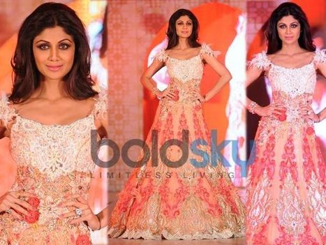 Shilpa Shetty Turns Showstopper For Rohhit Verma | CHICS & FASHION | Scoop.it