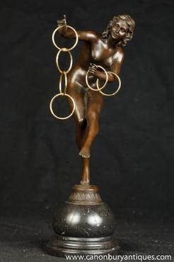 Art Deco Bronzes - range of 1920s art deco bronzes and lamps | Antiques | Scoop.it