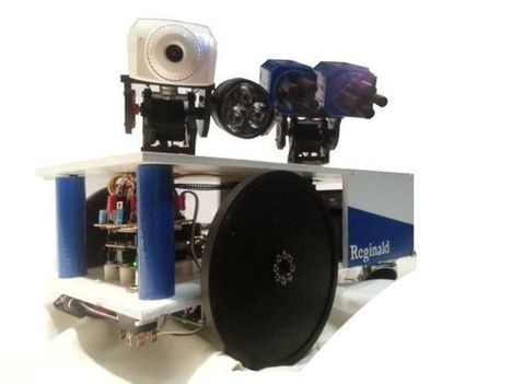 Reginald: a UDP surveillance bot; control via the Internet using Arduino - Arduino for Projects | Arduino Projects | Scoop.it