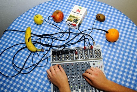 Foodie Underground: Can Music Make Your Food Better? | BASIC VOWELS | Scoop.it