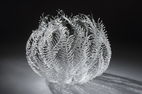 Artist Uses Fire to Shape Delicate Glass Sculptures Inspired by Sea Life Forms | Le It e Amo ✪ | Scoop.it