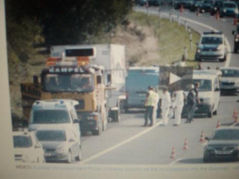 Hoax -'50' refugees found dead in Lorry - Austria.   Exposure   Scoop.it