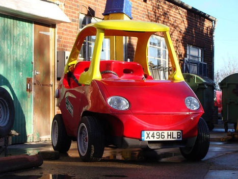 adult-sized little tikes car takes to the city streets - designboom | architecture & design magazine | Plastics in Art | Scoop.it