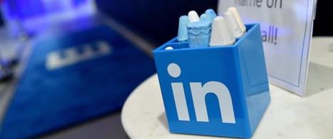 Le PDG de LinkedIn renonce à son bonus de 14 millions de dollars pour le distribuer à ses employés | Réseaux Sociaux & Social Network. Formation Viadeo & LinkedIn | Scoop.it