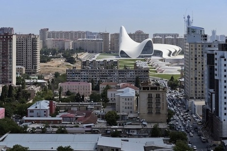 "Zaha Hadid's Civic Center Is the First Architectural Project to Win ""Design of the Year"" 