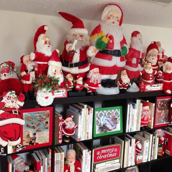 Here comes Santa Claus (s).... | Antiques & Vintage Collectibles | Scoop.it