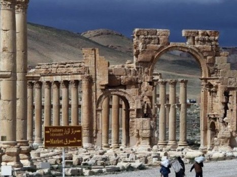 Islamic State militants blow up Palmyra's ancient tower tombs: Syria's antiquities chief | The Express Tribune (Pakistan) | Kiosque du monde : Asie | Scoop.it