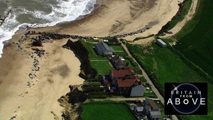 Living with coastal erosion in Happisburgh, East Anglia (pt 1/2) | Happisburgh, Coastal Erosion | Scoop.it