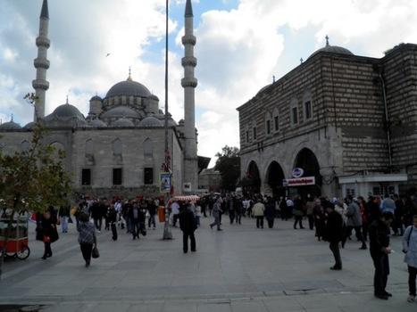 Sound Editing - Istanbul's SpiceBazaar   DESARTSONNANTS - CRÉATION SONORE ET ENVIRONNEMENT - ENVIRONMENTAL SOUND ART - PAYSAGES ET ECOLOGIE SONORE   Scoop.it