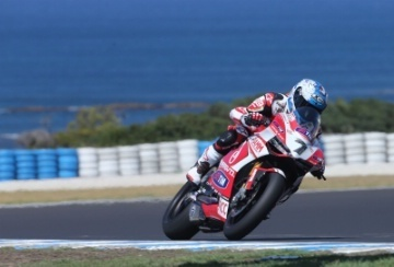 Checa on pole for Ducati 1199 debut |   Crash.Net | Ductalk | Scoop.it