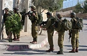 Israeli forces detain 8 in overnight raids | Maan News Agency | Occupied Palestine | Scoop.it