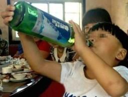 Piange se non beve birra: Il caso di Cheng Cheng, alcolizzato a soli ... | fox | Scoop.it