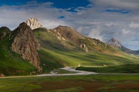 Luciano Lepre : 5000 km à pied au fil du Mékong, du delta jusqu'aux sources dans le Tibet oriental   La zone de silence   Scoop.it