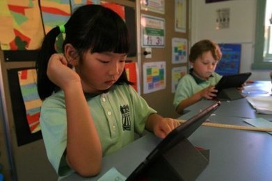 Online gaming may boost school scores but social media is wasted time, study suggests - ABC News (Australian Broadcasting Corporation) | Tecnologias educativas (para aprender... para formar) | Scoop.it
