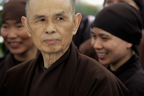 Thich Nhat Hanh, Cheri Maples, and Larry Ward — Mindfulness, Suffering, and Engaged Buddhism | Happiness is THE Journey - Le bonheur, c'est LE voyage | Scoop.it
