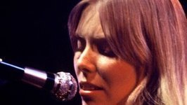 Pogues and Joni Mitchell go gaeilge for festival | The Irish Literary Times | Scoop.it