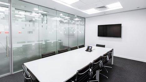Large-screen digital signage pumps up corporate meetings | Digital Signage by Worldlink | Scoop.it