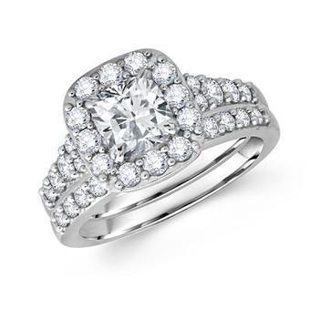 Princess Cut Diamond Frame Wedding Ring & Bridal Set in Los Angeles | Wedding Ring | Scoop.it
