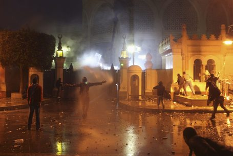 48 injured in presidential palace clashes - Ambulance Organisation | Égypte-actualités | Scoop.it
