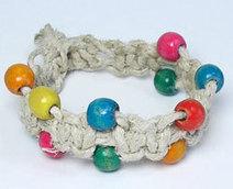 Another Hemp Bracelet Pattern - Bubblegum Bead Bracelet | DIY - jewellery  =  HTM - bijou | Scoop.it