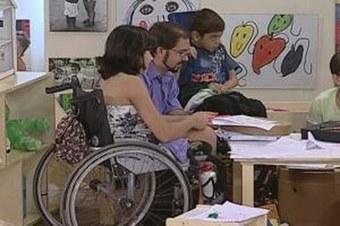 Falta de transporte é maior obstáculo para pessoa com deficiência ir à escola | Natalia acaba de pendurar a nova placa do natybal! | Scoop.it