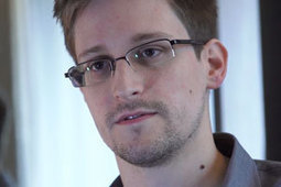 Snowden logs 19 asylum requests | The World Planet | Scoop.it