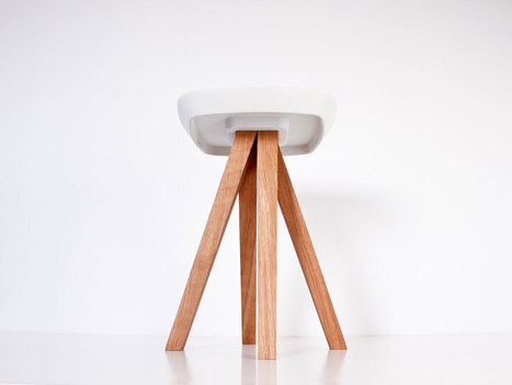 Un tabouret en bois et béton qui se monte sans outils, par simple emboîtement (via inoowdesign) | inoow design lab | Scoop.it