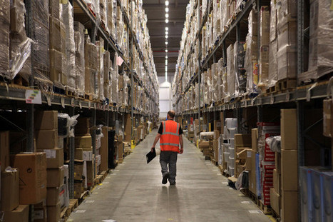 Warehouses Win Investors as Unsung Internet Heroes - Bloomberg | E-Trading development | Scoop.it