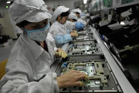 Apple supplier Foxconn has replaced 60,000 factory workers with robots | Geeks | Scoop.it