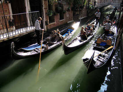 Venice launches accessible gondolas for wheelchair users | Wheelchair Accessibility | Scoop.it