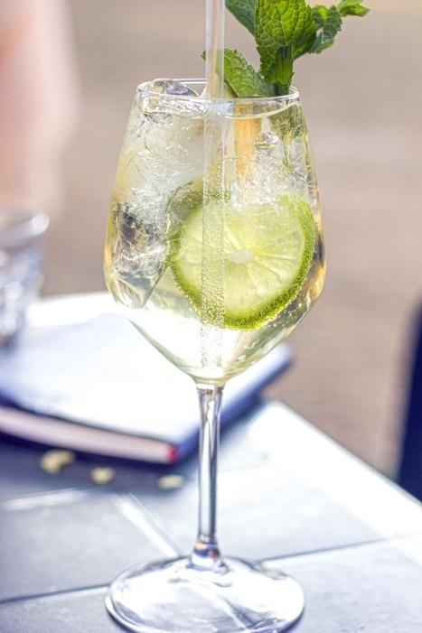 Come preparare il Pino, il nuovo cocktail sparkling, con spumante e Bénédictine, che conquisterà il mondo!   Wine Dharma   Italian food and wine   Scoop.it