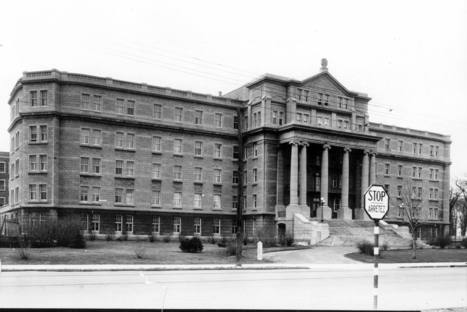 Institut des sourds et muets (7400, boulevard Saint-Laurent), 8 avril 1936   Photos ancestrales de Montréal   Scoop.it