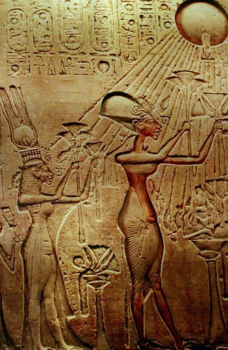 Pharaoh Tutankhamun's tomb may contain hidden passages leading to Queen Nefertiti's burial place: Claim | Ancient Egypt | Scoop.it