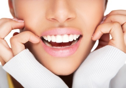Improve Your Self-Image with Seattle Teeth Whitening by Shawn Denture | Dental Implants Seattle | Scoop.it