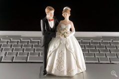Meeting online leads to happier, more enduring marriages | UChicago News | Online Dating | Scoop.it
