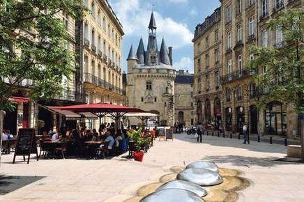 Bordeaux 2.0: Why France's Sleeping Beauty is a brilliant city break - Independent.ie | Wines of Bordeaux and south-west France | Scoop.it