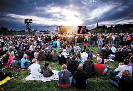 L'Islande mise sur la reconversion créative: La CULTURE pour sortir de la CRISE ? | Le BONHEUR comme indice d'épanouissement social et économique. | Scoop.it