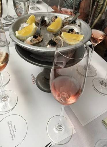 Wine Tourism in Greenwich Village Caviar and Bordeaux: Italy meets France at the table - ... | Food & Wine Pairing with Whites, Rosés & Reds from Bordeaux & Bordeaux Supérieur | Scoop.it