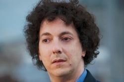 Guillaume Gallienne : nom féminisé et famille complexe   GenealoNet   Scoop.it