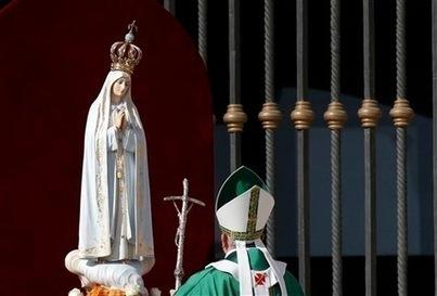 Le pape place le monde sous la protection de Marie - La Croix | Foi, espérance et charité | Scoop.it