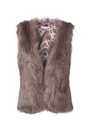 Fausse fourrure/ simili cuir femme - © - Cache Cache   La mode en vestes et manteaux   Scoop.it