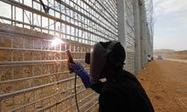#israel Israeli fence construction cuts off migration from Egypt | News in english | Scoop.it
