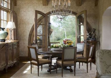 Rustic Dining Room Design Ideas Using Wooden Round Table And Chairs For 6 With Flower Arrangement As Centerpiece | News Info | Scoop.it