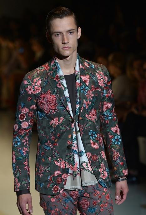 Mode homme: les tendances printemps-été 2014 - Des fleurs, du rétro-moderne et de la petite maroquinerie partout ou presque! | Tendance du prêt-à-porter | Scoop.it
