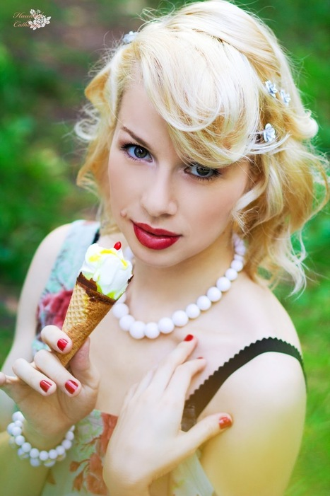 A lick and A Smile With Pin Up Girl Polly Smile | Rockabilly | Scoop.it