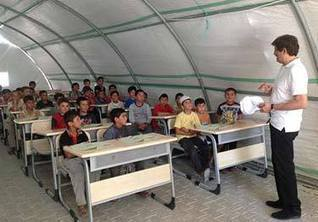 UNICEF - Turkey - Government and UNICEF provide support and training for Syrian teachers in Turkey's refugee camps | Middle East North Africa news | Scoop.it